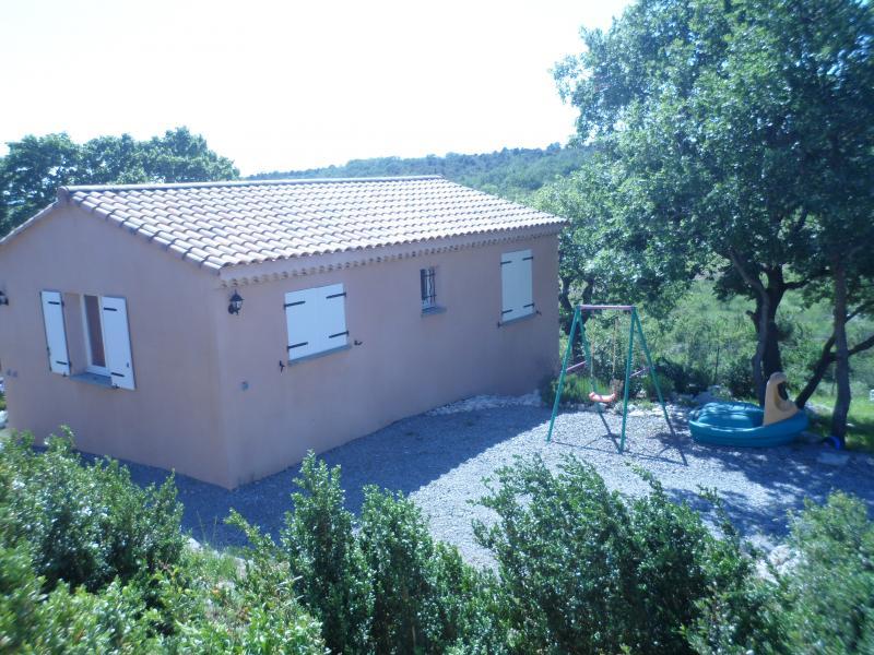 Vue extérieure de la location Location Villa 28268 Ruoms