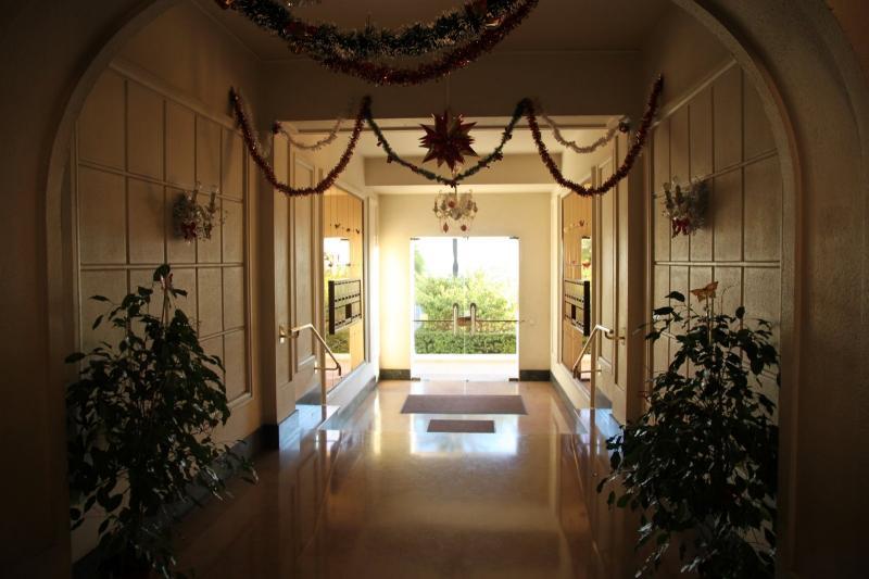 Entrée Location Appartement 28384 Nice
