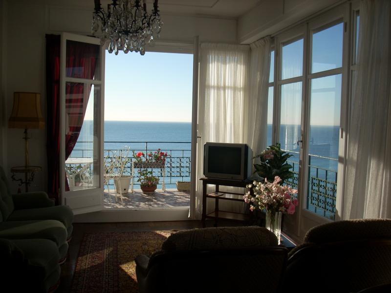 Vue depuis la location Location Appartement 28384 Nice