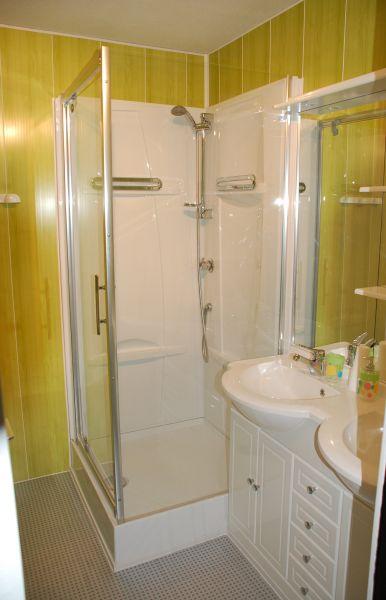 Salle d'eau Location Appartement 28715 La Mongie
