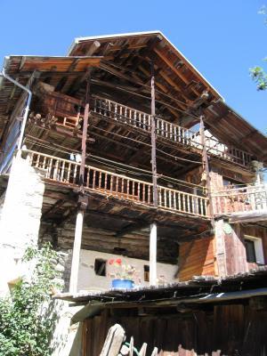 Vue ext�rieure de la location Location Appartement 28786 Molines Saint-V�ran