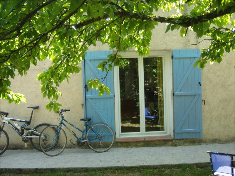 Vue extérieure de la location Location Maison 29581 Les Salles sur Verdon