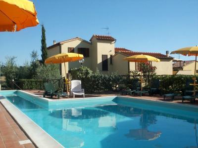 Piscine Location Appartement 29998 Montescudaio