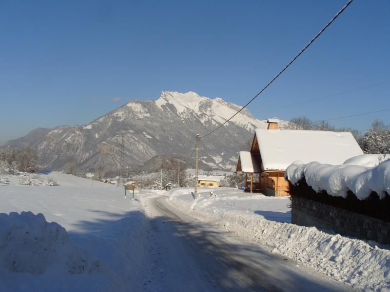 Vue extérieure de la location Location Maison 3057 Seythenex - La Sambuy