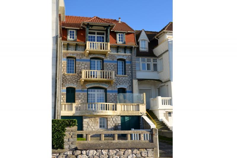 Vue extérieure de la location Location Appartement 30752 Le Touquet