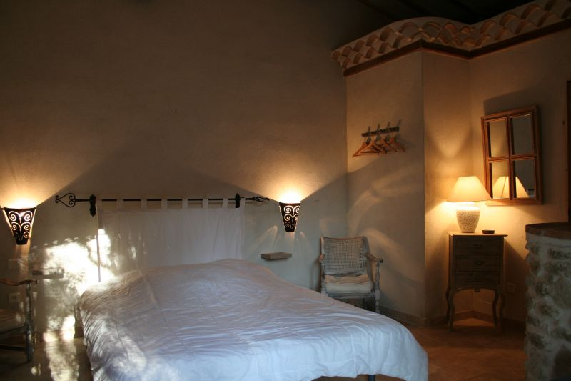 chambre 3 Location Maison 31125 Visan