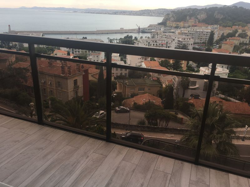 Vue de la terrasse Location Appartement 32914 Nice
