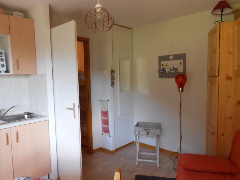 Location Studio 34212 Drouzin Le Mont