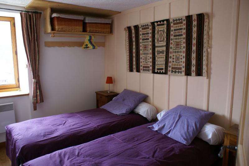 chambre 1 Location Gite 367 Areches Beaufort