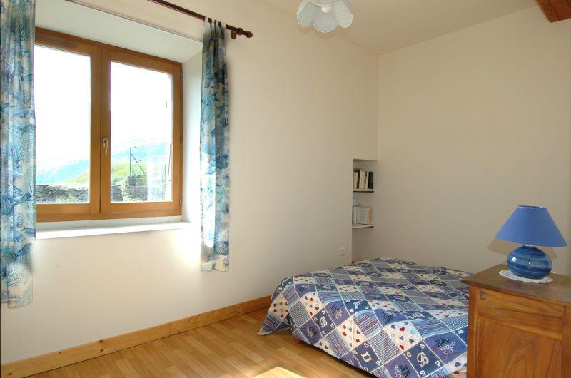 chambre 2 Location Maison 371 Auris en Oisans