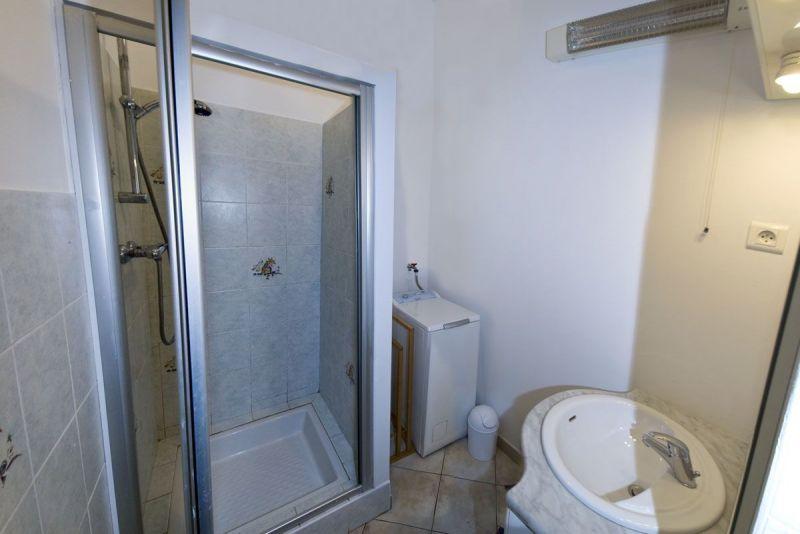 salle de bain 3 Location Maison 371 Auris en Oisans