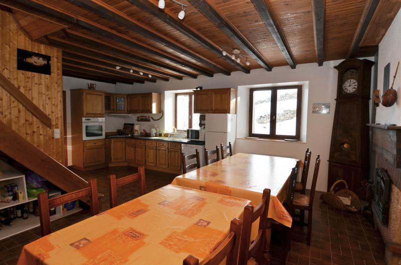 Salle à manger 1 Location Maison 371 Auris en Oisans