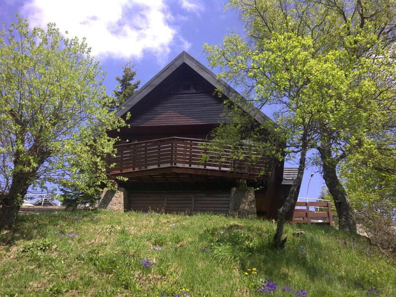 Vue extérieure de la location Location Chalet 3792 Besse - Super Besse