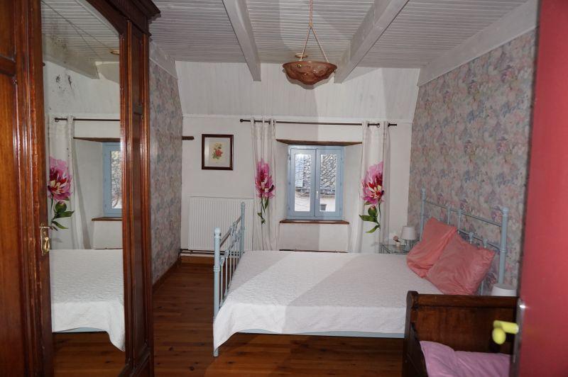 chambre 2 Location Maison 3796 Besse - Super Besse