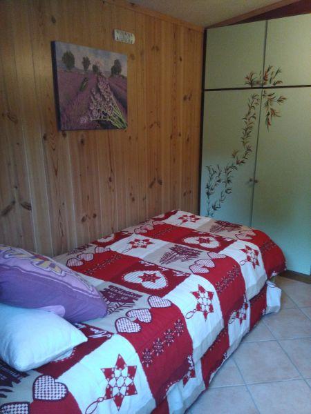 chambre 2 Location Bungalow 39155 Le Castellet