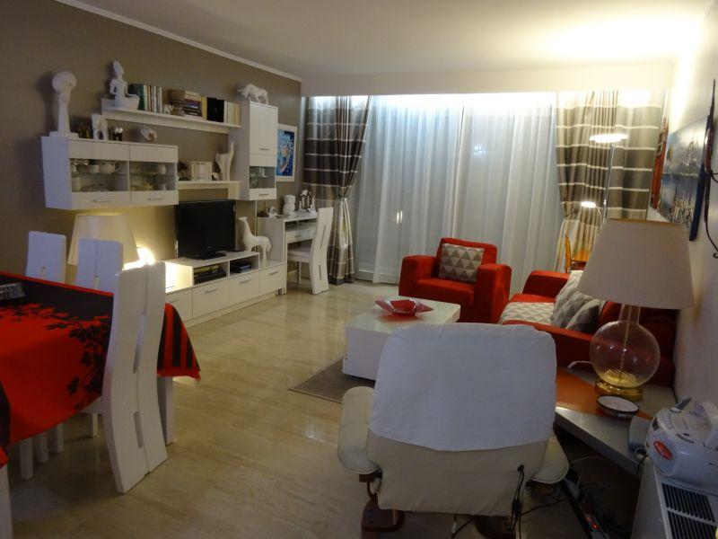 Séjour Location Appartement 39310 Cannes