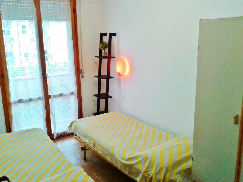 chambre 2 Location Appartement 40527 Rimini