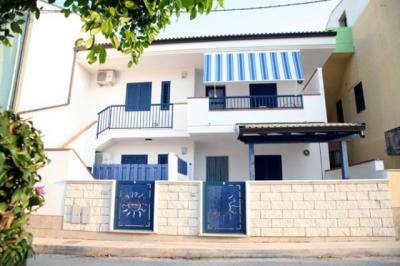 Vue extérieure de la location Location Appartement 40914 Marina di Ragusa