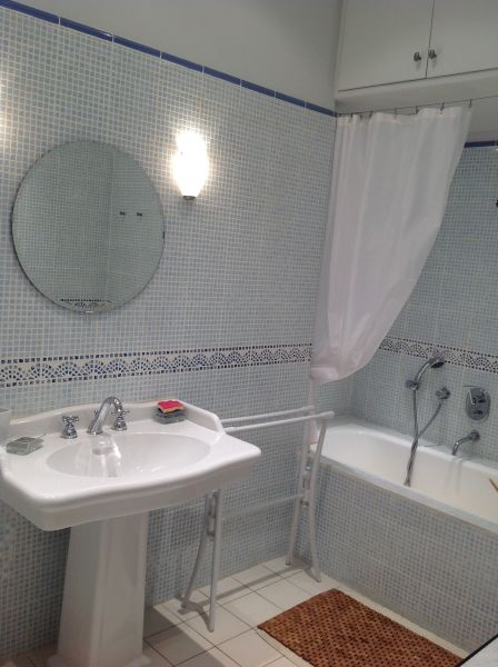 salle de bain Location Appartement 4136 Font Romeu