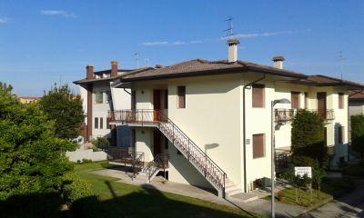 Vue extérieure de la location Location Appartement 41513 Eraclea Mare