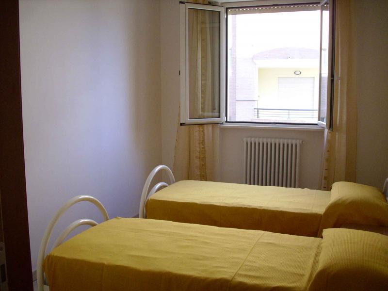 chambre Location Appartement 42623 Tortoreto