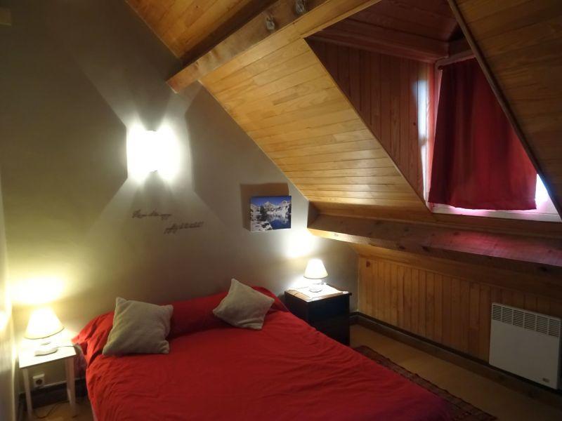 chambre 1 Location Appartement 4408 Saint Lary Soulan