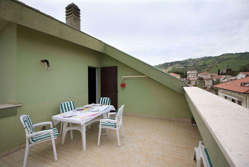 Vue de la terrasse Location Appartement 45432 Roseto degli Abruzzi
