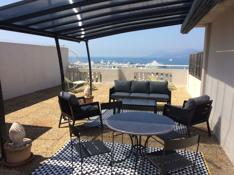Terrasse Location Appartement 45923 Cannes