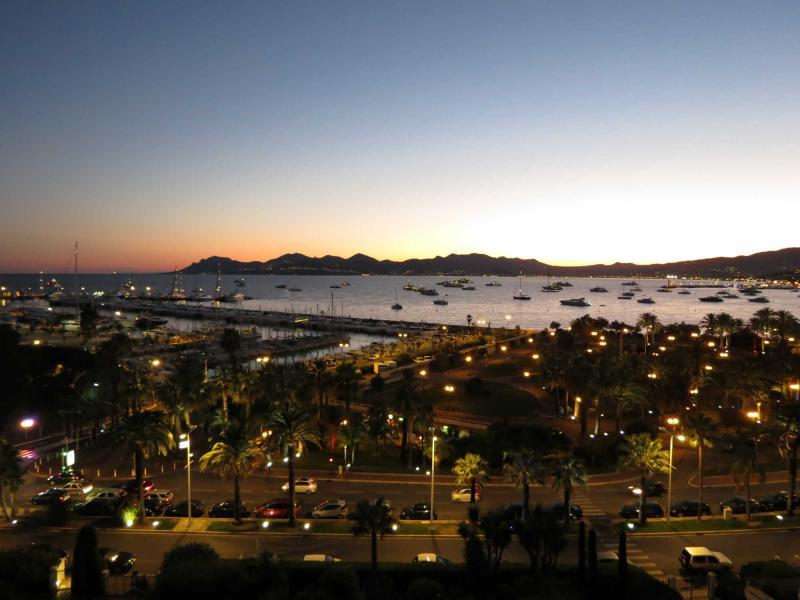 Vue depuis la location Location Appartement 45923 Cannes