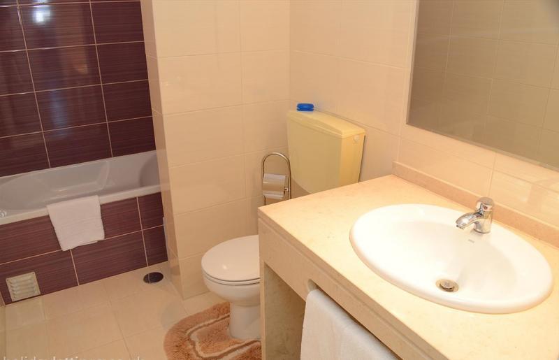salle de bain 1 Location Appartement 46539 Carvoeiro