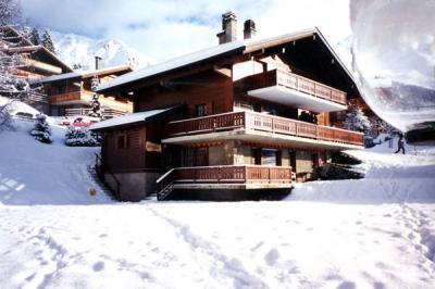 Vue ext�rieure de la location Location Appartement 4705 Verbier
