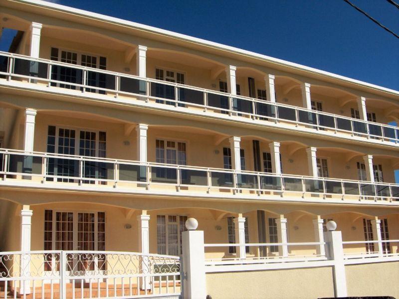 Vue extérieure de la location Location Appartement 48721 Pointe Aux Piments