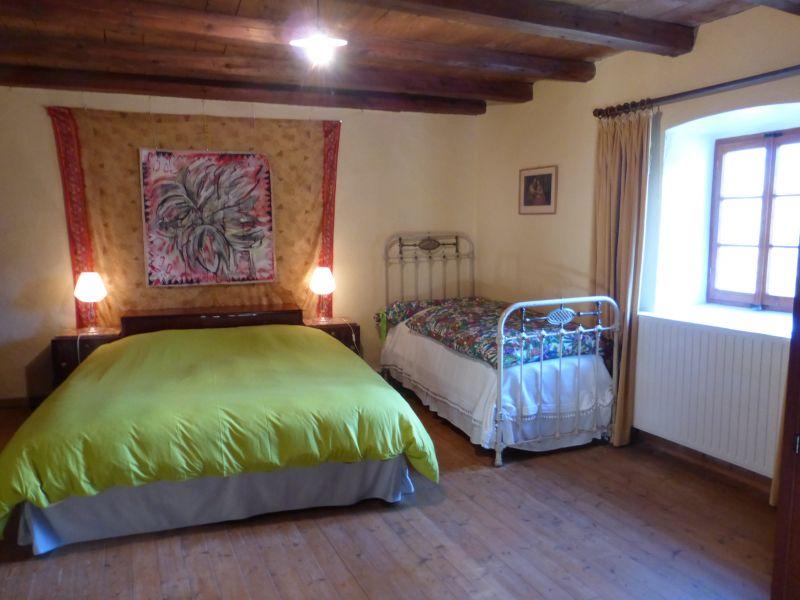 chambre 1 Location Maison 4881 Bernex