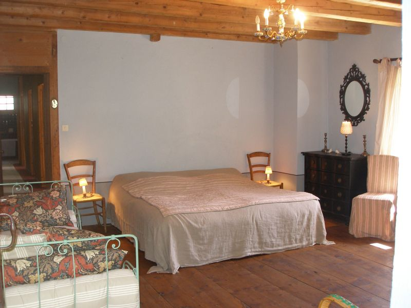 chambre 2 Location Maison 4881 Bernex