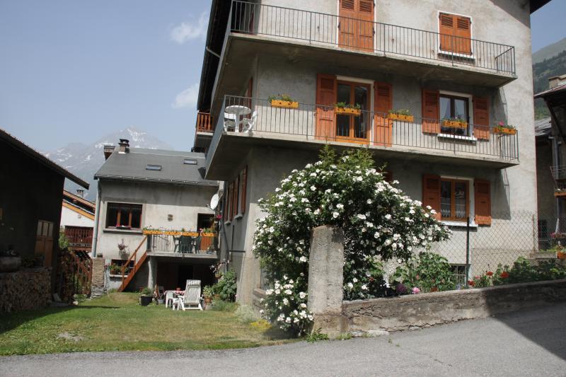 Vue extérieure de la location Location Appartement 48893 Val Cenis