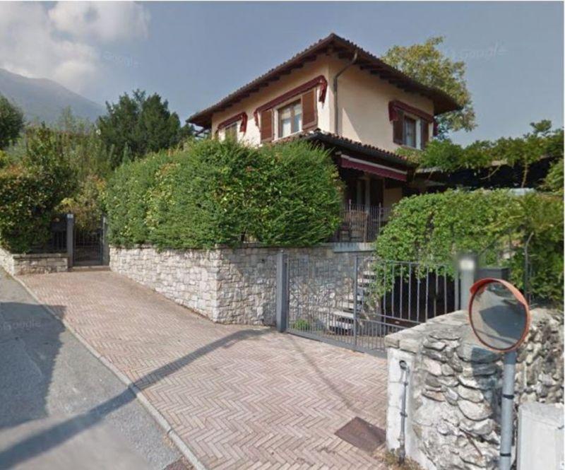 Vue extérieure de la location Location Villa 52033 Verbania