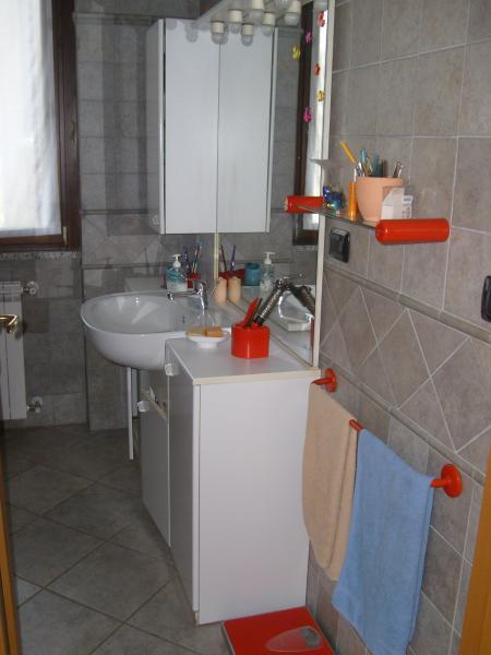 salle de bain 2 Location Villa 52033 Verbania