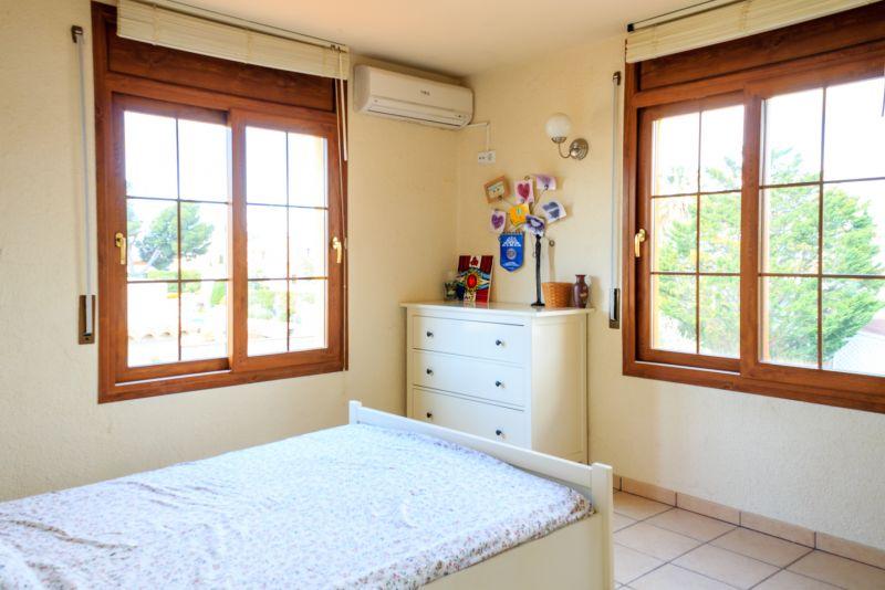 chambre 4 Location Villa 53410 Empuriabrava