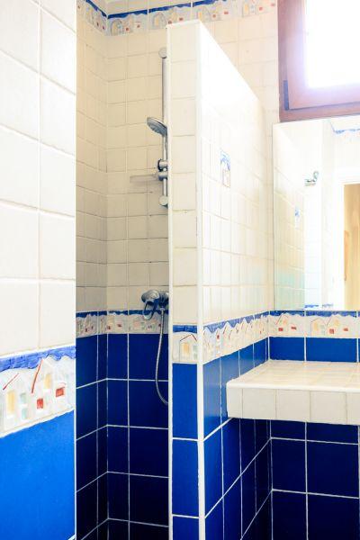 Salle d'eau 1 Location Villa 53410 Empuriabrava