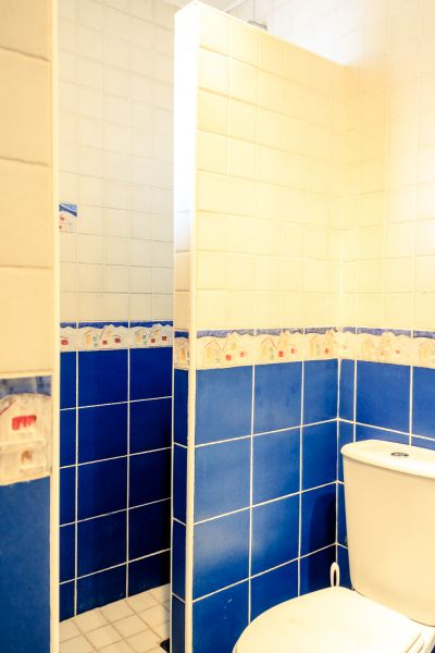 Salle d'eau 3 Location Villa 53410 Empuriabrava