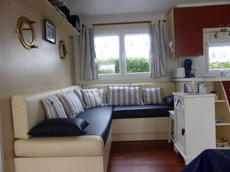 Salon 1 Location Mobil-home 53456 Pont l'Abbé
