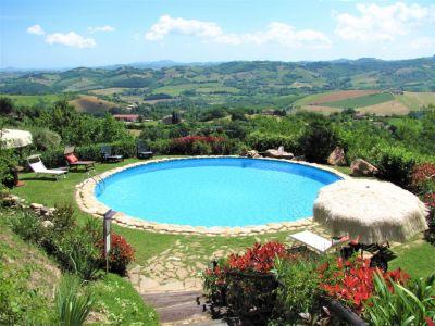Location Villa 53506 Penna San Giovanni