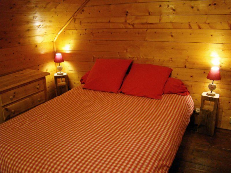 chambre 1 Location Appartement 53707 Luz Saint Sauveur