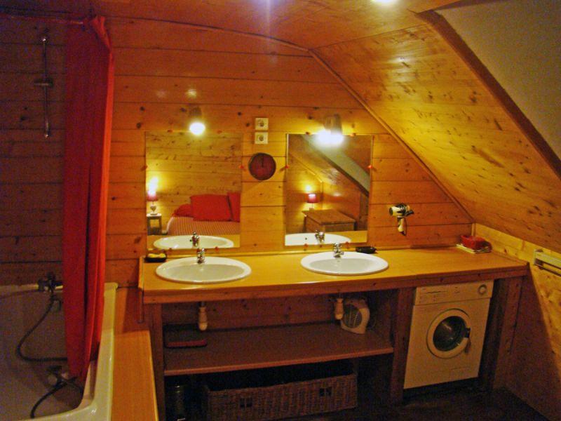 Salle d'eau Location Appartement 53707 Luz Saint Sauveur