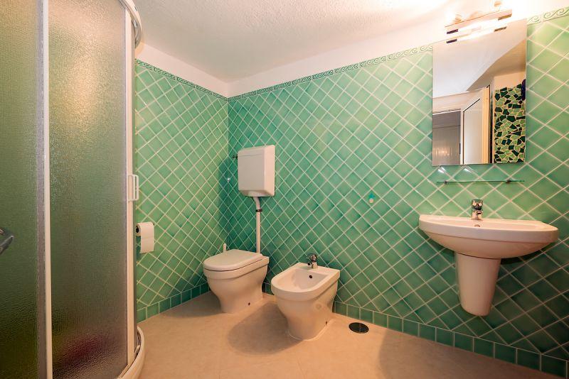 salle de bain Location Appartement 53727 Porto Rotondo