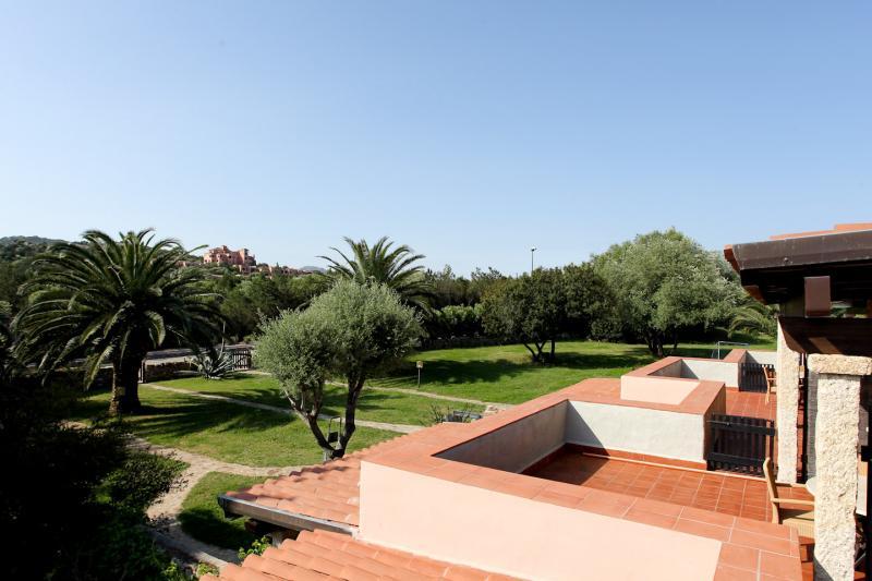 Vue de la terrasse Location Appartement 53727 Porto Rotondo