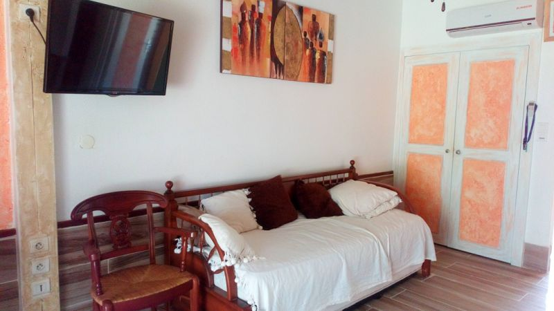chambre 1 Location Studio 54186 Sainte Anne (Martinique)