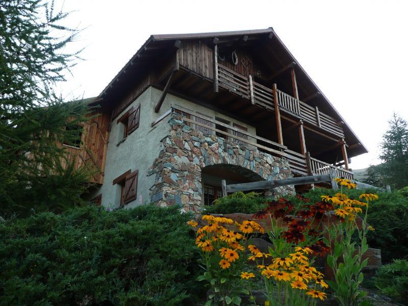 Vue extérieure de la location Location Chalet 54265 Alpe d'Huez