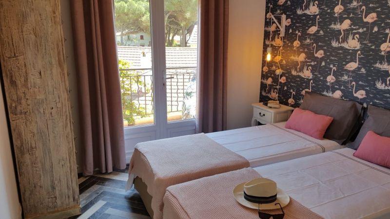 chambre 2 Location Villa 54711 Hyères