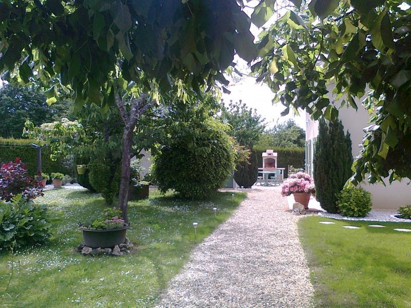 Vue extérieure de la location Location Gite 54756 Périgueux